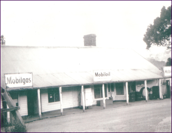 Walcha Road Hotel Historic 2
